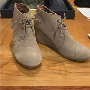 Brand new Toms taupe wedges/booties